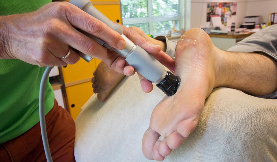behandeling dystrofie voet